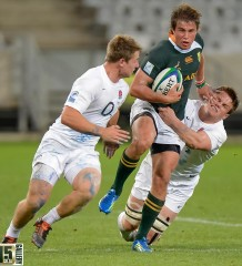 Babyboks breaking the line (Anton Geyser)