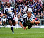 Juan de Jongh dives over the try line (Mike le Grange)