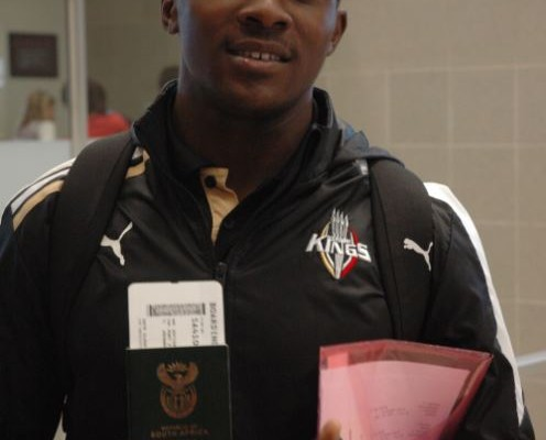 Siviwe Soyizwapi leaves Port Elizabeth airport to join up with his fellow Southern Kings players in Sydney.