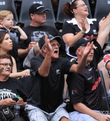 Unhappy sharks fans cru