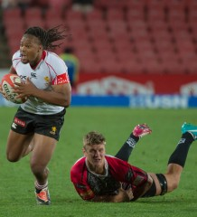 ELLIS PARK, SOUTH AFRICA - SEPTEMBER 19: Howard Mnisi of the Lions in action during the ABSA Currie Cup Premier Division match between the Xerox Golden Lions and the Steval Pumas played at Ellis Park, Johannesburg, South Africa. (Photo by Anton Geyser)