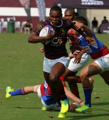 Dale College try scorer centre Siphamandla Matsinya in the game against Framesby